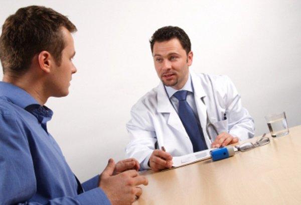 Nhờ sự tư vấn của bác sĩ chuyên khoa để việc điều trị bệnh yếu sinh lý dễ dàng hơn