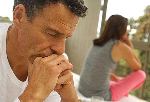 Bệnh rối loạn cương dương có thể gặp ở nhiều độ tuổi, nhưng thường gặp ở nam giới tuổi cao
