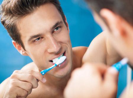 Nếu không muốn mắc bệnh yếu sinh lý: Hãy quan tâm hơn đến sức khỏe răng miệng