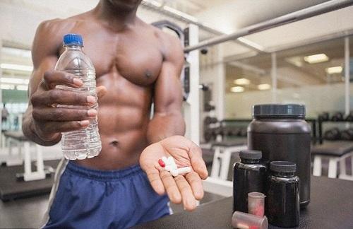 Lạm dụng Steroids tăng cường cơ bắp là nguyên nhân gây rối loạn cương dương ở nam giới