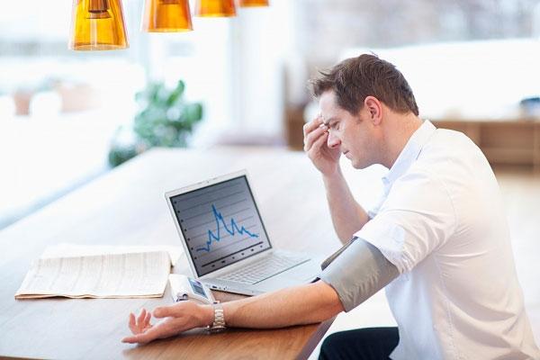 Nguyên nhân gây rối loạn cương dương có thể do mắc bệnh cao huyết áp