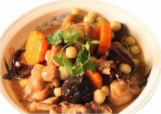 Canh thịt vịt nấu nấm hương đậm đà, tăng cường sinh lý nam dễ dàng