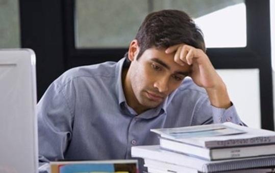 Căng thẳng quá mức thường xuyên cũng kéo theo sự tắt dục