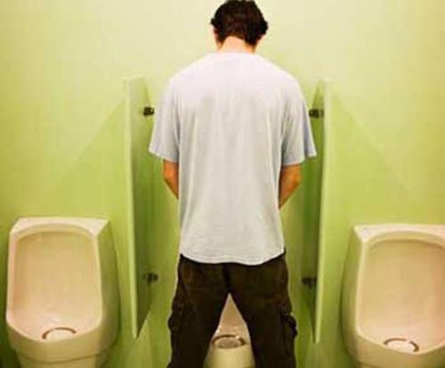 Người bệnh thận yếu: Uống nhiều nước gây hại hơn lợi