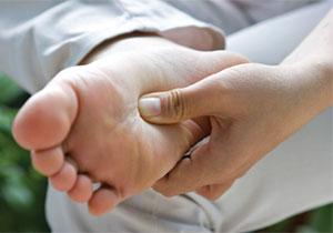 chữa bệnh liệt dương bằng phương pháp bấm huyệt