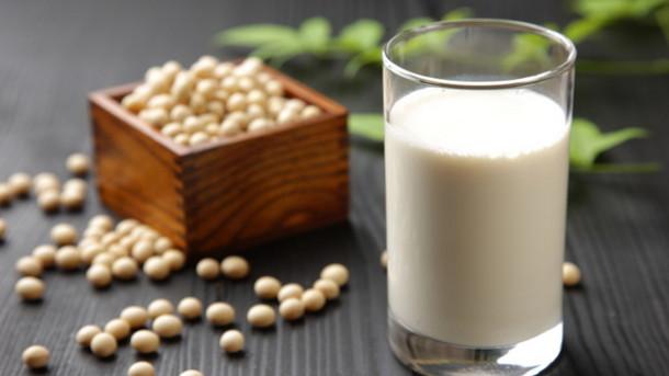 uống nhiều sữa đậu nành có hại gì không
