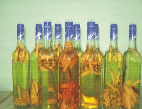 cây mật gấu ngâm rượu tri mun