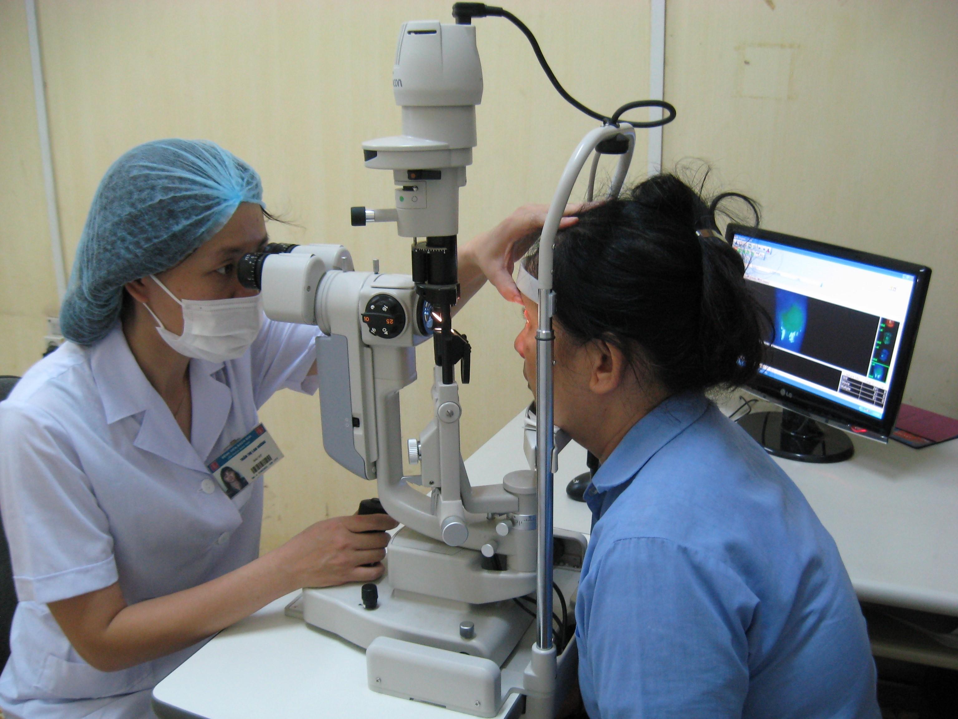 khoa Mắt Bệnh viện Bạch Mai
